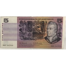 AUSTRALIA 1967 . FIVE DOLLARS BANKNOTE . ERROR . MISSING COLOUR SIMULATIONS