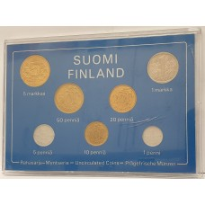 FINLAND 1978 . MINT SET . IN PERSPEX CASE . UNCIRCULATED